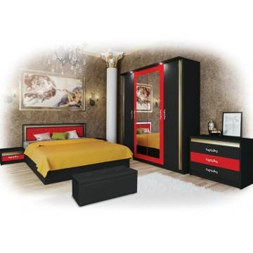Σετ Υπνοδωματίου Pamela: Κρεβάτι Διπλό 160/200 Ντουλάπα Τετράφυλλη με καθρέφτη Συρταριέρα Κομοδίνα 2 τμχ. Genomax