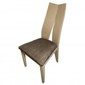 Καρέκλα τραπεζαρίας Κ28 από ξύλο δρυς γκρι φυσικό χρώμα με ψηλή πλάτη και καφέ πάτο
