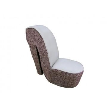 πουφ κάθισμα γόβα