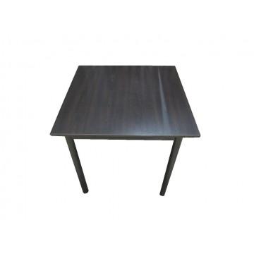 τραπέζι με μεταλλικά πόδια