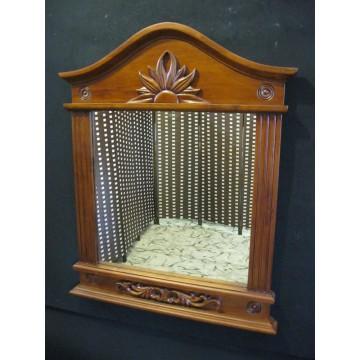 καθρεπτης τοιχου από τεχνοδερμα και ξύλο περίτεχνη κορνίζα